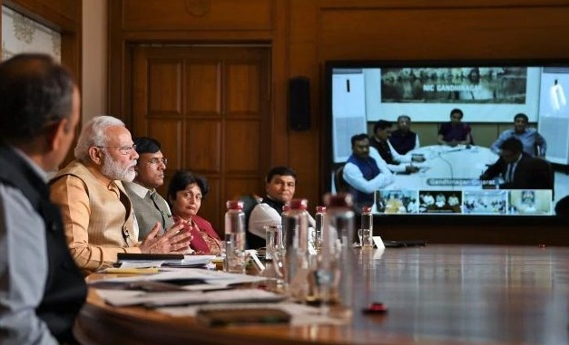 PM interacts with Pharma Industry Leaders