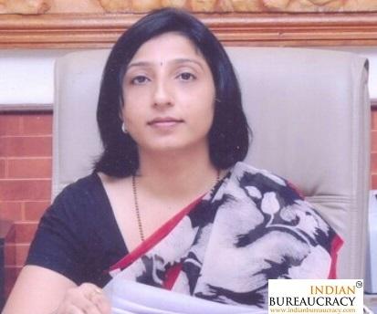 Jayashree S Bhoj IAS MH