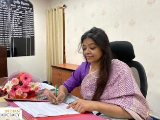 Nisha Oraon Singhmarr IRS Jharkhand
