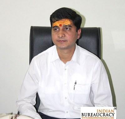 Ameet Kumar IAS JH
