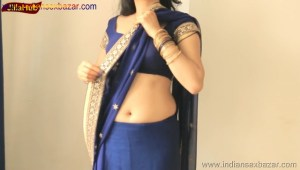 Indian Desi Housewife hot stripping Blue Saree Full Nude Full HD Porn Sexy Navel Gand Choot boobs00011