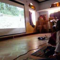 sunanda_bhat_24-3-13_gudalur_screening_739_web