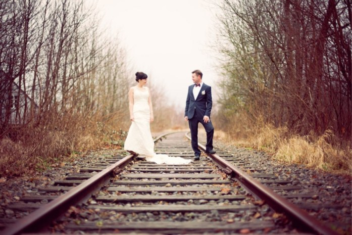 railway-track-wedding-photography