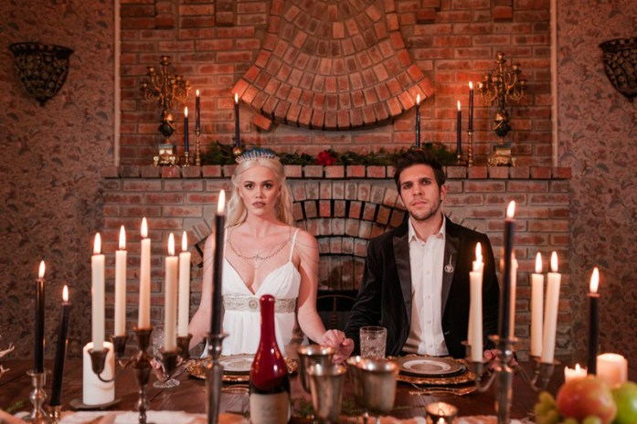 Dinning table with king and queen