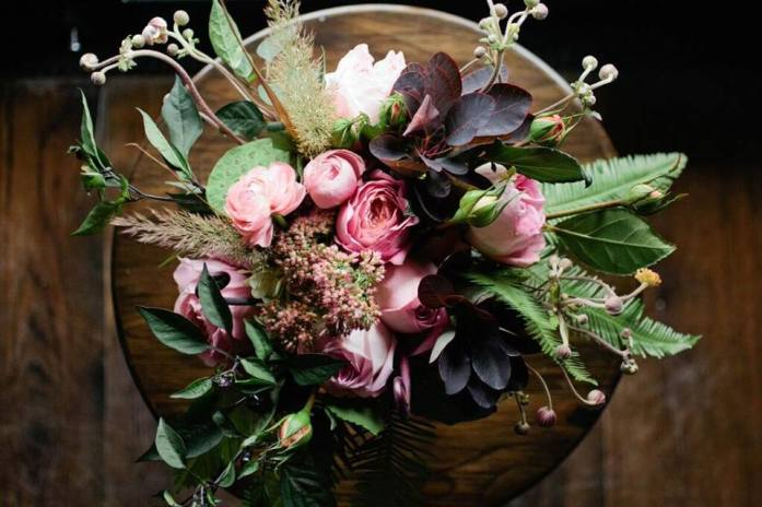 cute bouquets and Tabl e centerpiece wedding ideas