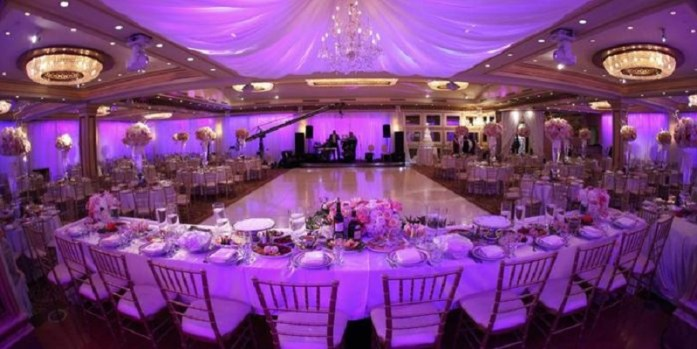Indoor-wedding-reception-Indianweddingcards