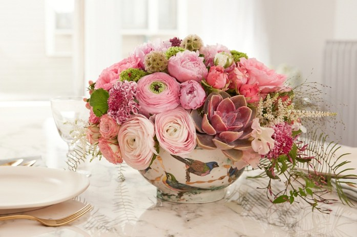 floral-centerpiece-composed
