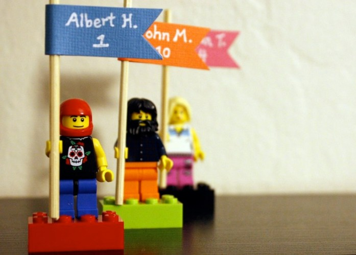 Lego wedding bricks to guide your guest