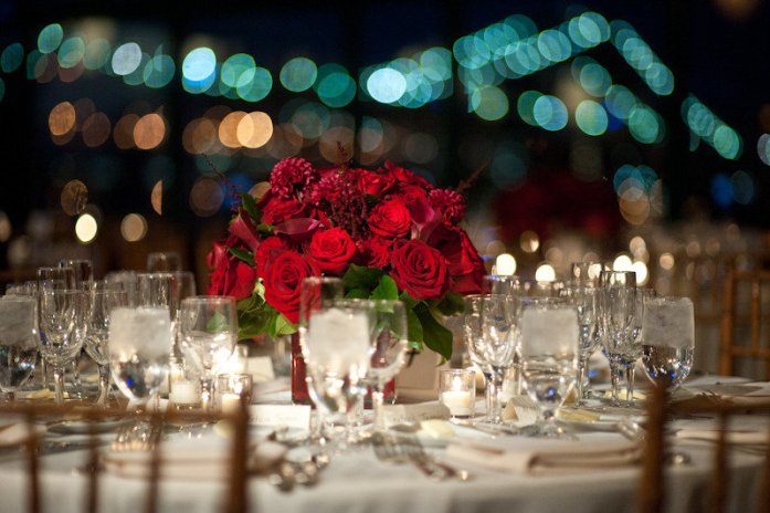 red rose wedding table centerpiece