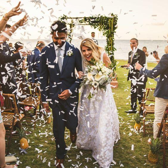 Festive Favour - Wedding Favors - IndianWeddingCards