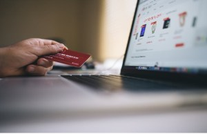 Online shoppers expected to cross 100 mn mark in 2017