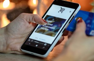 It's no more about discounts: Convenience, comparison shopping draw consumers to e-commerce
