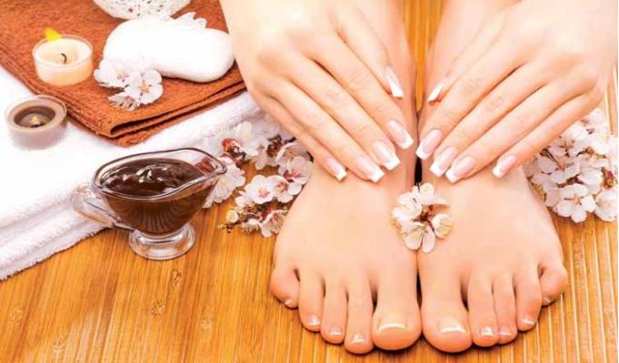 Expert Advice: Monsoon nail care regime