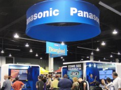 Panasonic aims to sell 500,000 smartphones on Flipkart this festive season