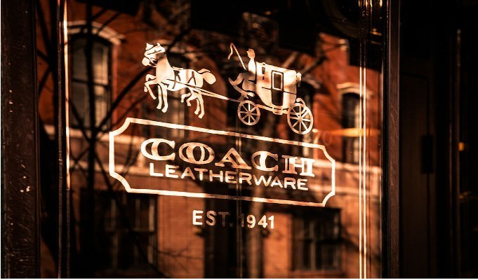Coach opens new outlet at Delhi international airport