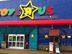 Toys'R'Us to shut 26 stores in UK