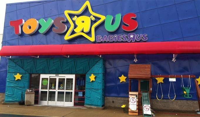 """Toys """"R"""" Us to close 180 stores as a part of restructuring"""