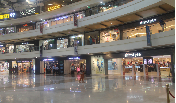 Fashion Retail: The money spinner for Indian malls