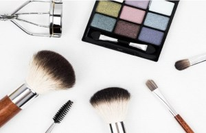'Indian women ready to invest money in expensive make-up'