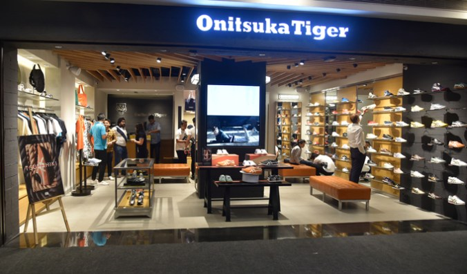 wholesale dealer 577d6 2de08 Onitsuka Tiger's flagship store launched at Select Citywalk ...
