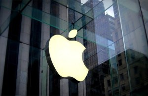 Apple's India profit zooms 140 pc to Rs 896 cr in FY18