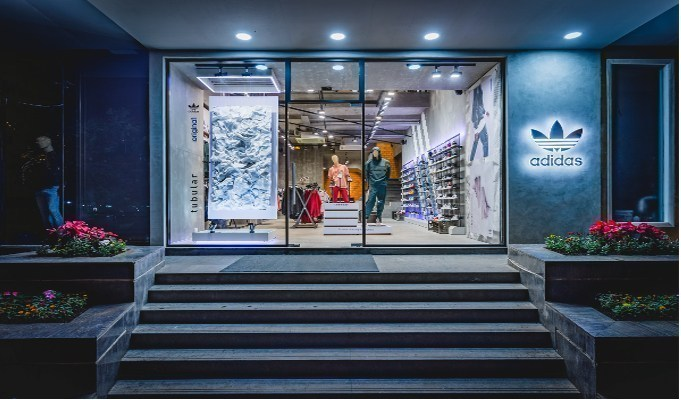 The online channel is failing to offset revenue lost from retail store closures following Adidas' Q1 results, says GlobalData