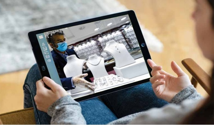 Visual Commerce: Enabling customers to have a near-life, immersive experience
