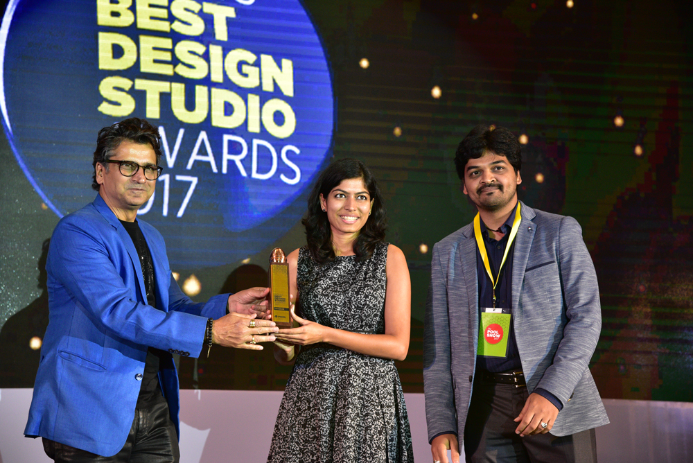 TATA Elxsi receiving 'India's Best Design Studio 2017' Award from Sonal Dabral
