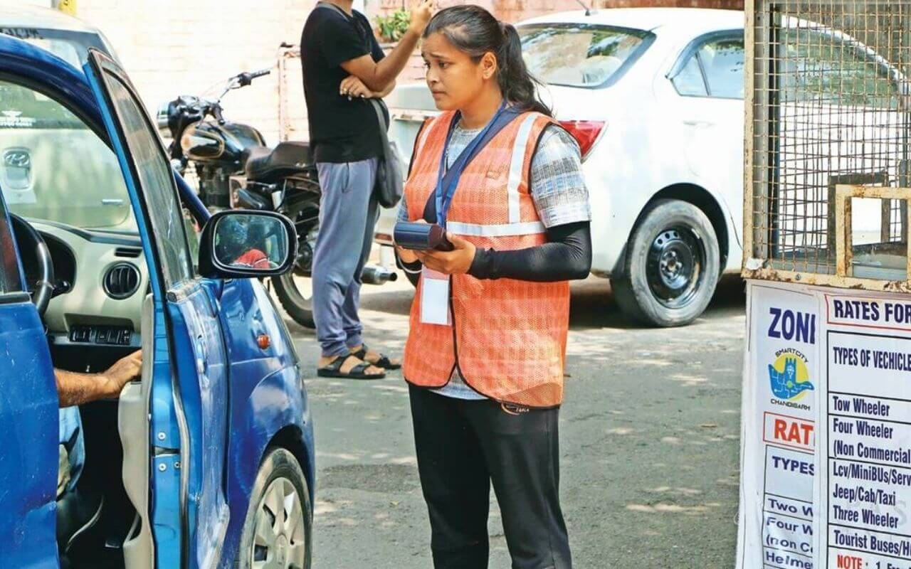 23-Year-Old Boxing Champion Works As Parking Lot Attendant