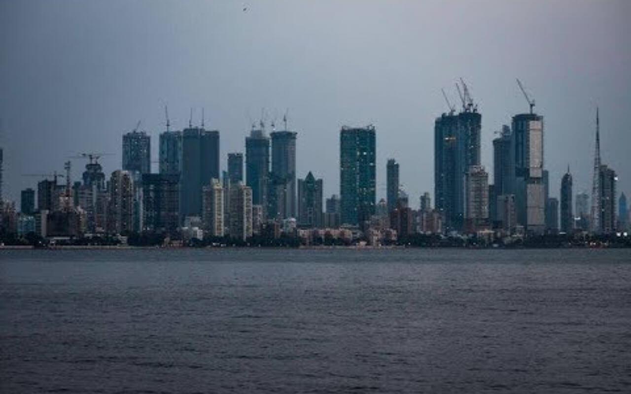 Sea Facing Bungalow In Worli Mumbai