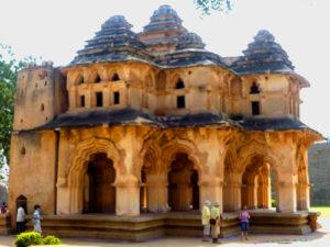 Lotus-Mahal-Zanana-enclosure