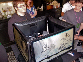 Minor Battle uses four screens to play capture the flag