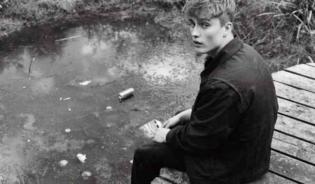 Sam Fender drops new single + video 'Leave Fast'