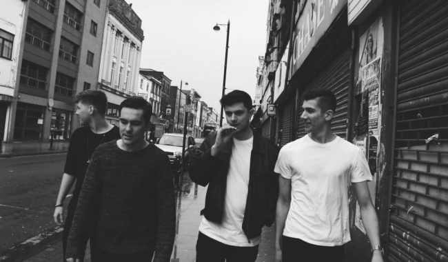 The Covasettes reveal new single 'Wondering Why'