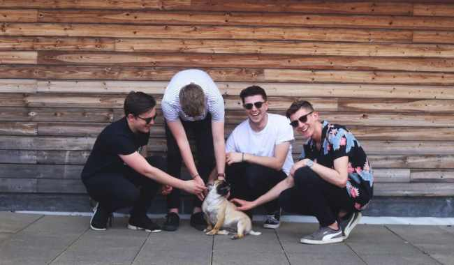 The Covasettes share new single 'Top Drawer'