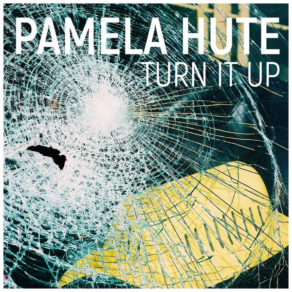 Pamela Hute Turn It Up par Nicolas Fagot