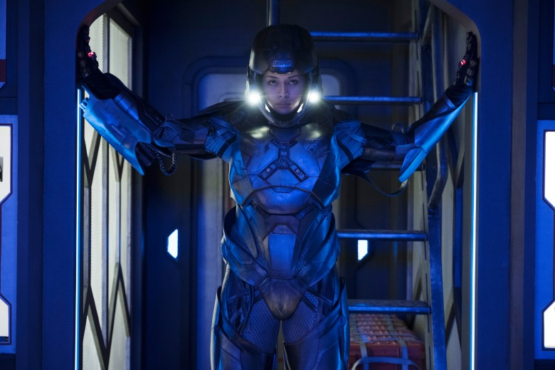 """THE EXPANSE -- """"Triple Point"""" Episode 305 -- Pictured: Frankie Adams as Bobbie Draper -- (Photo by: Rafy/Syfy)"""