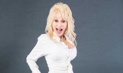 Check Out Dolly Parton's hilarious 'Jolene' Tweet