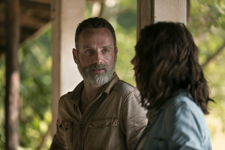 Lauren Cohan as Maggie Rhee, Andrew Lincoln as Rick Grimes - The Walking Dead _ Season 9, Episode 3 - Photo Credit: Gene Page/AMC