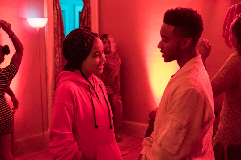DF-03394_R2 - Amandla Stenberg and Algee Smith in Twentieth Century Fox's THE HATE U GIVE. Photo Credit: Erika Doss.