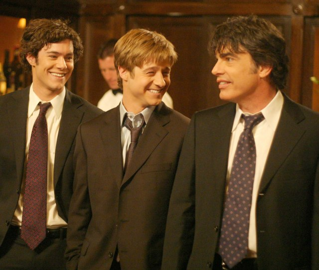 Adam Brody Ben Mckenzie And Peter Gallagher The Oc