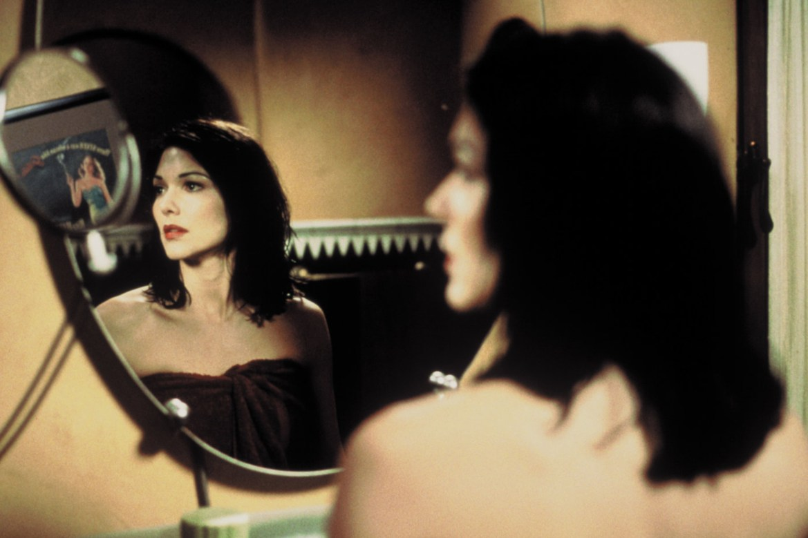 Editorial use only. No book cover usage. Mandatory Credit: Photo by Moviestore/Shutterstock (8511782b) Laura Harring Mulholland Drive - 2001