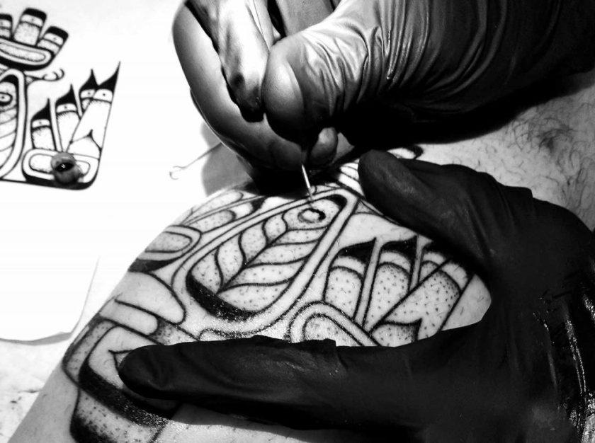Tatouage Handpoke
