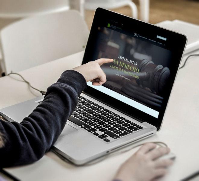 nolivos-espinosa-consultores.legales-indigital-diseño-web-mockup2