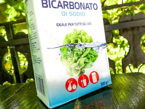 Soda bikarbona, razstrupljanje, razkisanje telesa, uporaba v kuhinji, kozmetiki