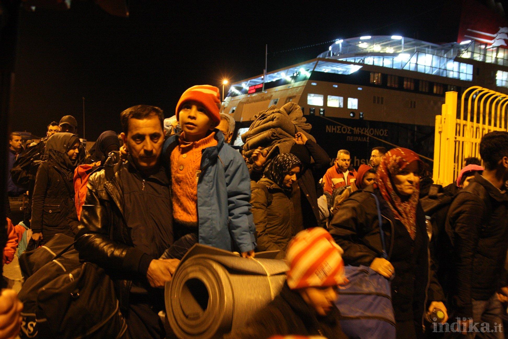Kavala, lo sbarco degli ultimi rifugiati dopo lo sgombero di Lesbo e Chios. © Emanuele Confortin