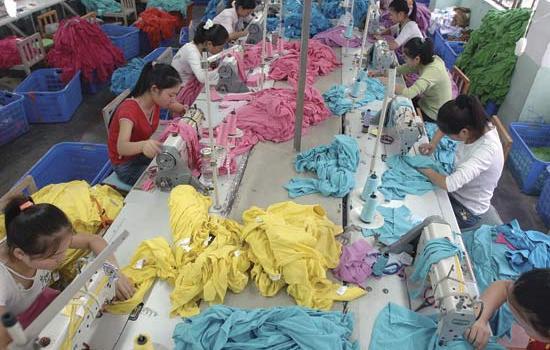 Emergenza tessile in Cina, e il governo ci mette una toppa.