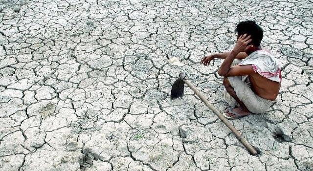 I suicidi da debito tra i contadini indiani. Dal giornale svizzero Area