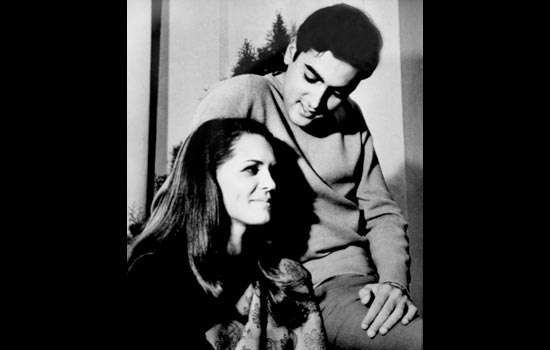 """Sonia Gandhi e la biografia """"romanzata"""" proibita dal Congresso"""