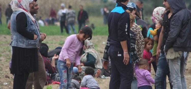 Idomeni, tra i rifugiati al confine macedone. Vite sospese!